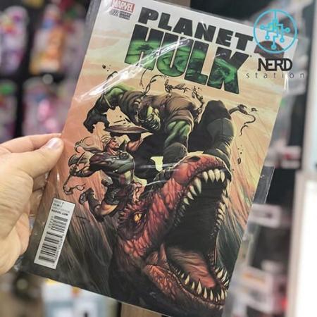 فروش کتاب سیاره هالک