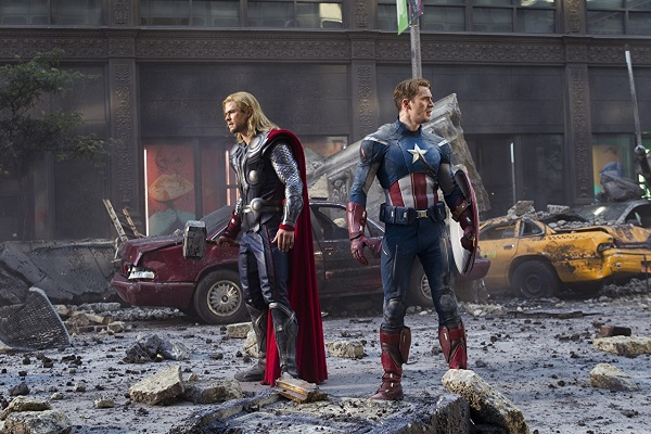 کاپیتان آمریکا و ثور