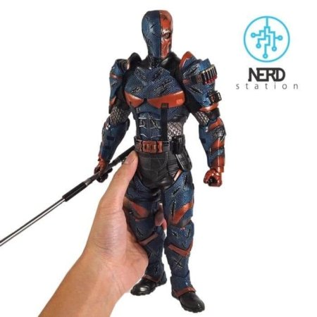 خرید فیگور دث استروک همراه با پایه، شمشیر و باتوم