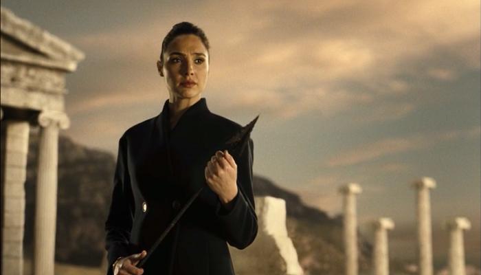 کارگردان نسخه اول Justice League گل گدوت را تهدید کرد